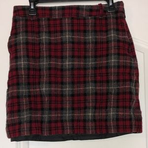 Red plaid mini-skirt